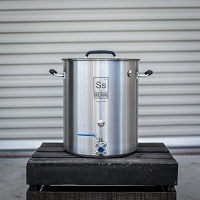 Ss BrewTech Stainless Steel Brewing Kettle - 10 gal