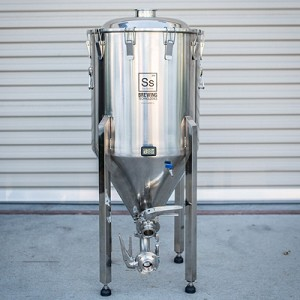 1/2 BBL BrewMaster Series Chronical