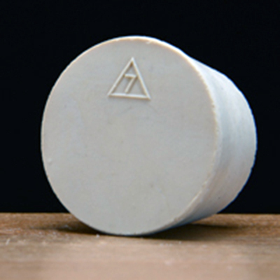 Solid Rubber Stopper #7 1/2